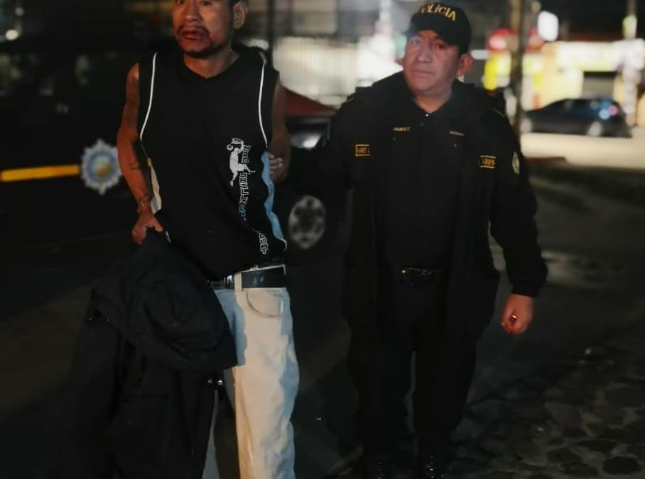 Capturan a presunto asaltante en Salcajá