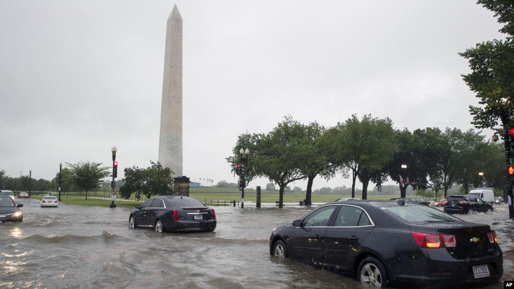 Lluvias torrenciales causan inundaciones hasta en la Casa Blanca