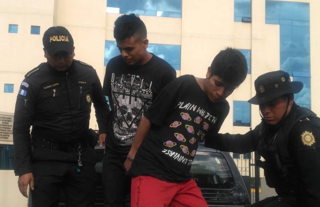 Persecución que terminó con fallecido en San Mateo, inició tras robo ocurrido en Xela