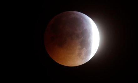 El último eclipse lunar del año tiene lugar esta semana