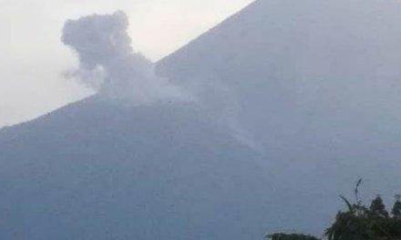 Aumenta actividad del volcán Santiaguito
