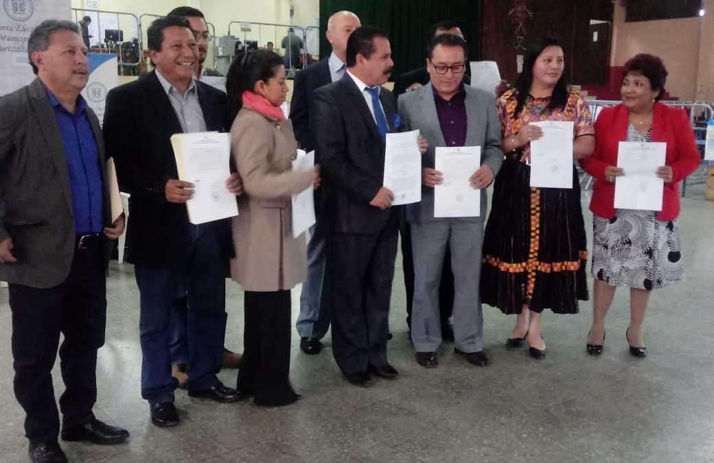 50 días después de elecciones y a 12 de segunda vuelta JED confirma a corporación municipal de Xela