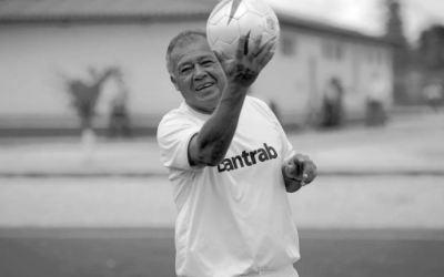 """¿En qué equipos jugó """"El Conejo"""" Sánchez?"""