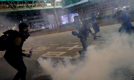 EE.UU. advierte que represión violenta en Hong Kong es «un error»
