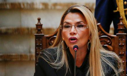 Gobierno de Bolivia expulsa a diplomáticos de México y España