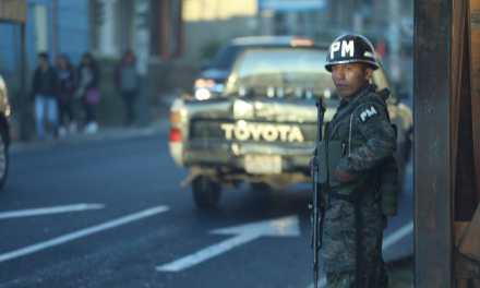 Capturan a 90 personas en masivo operativo en dos municipios