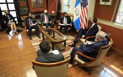 Estados Unidos entrega 31 millones de dólares más a Guatemala para programas antinarcóticos