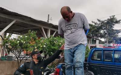 Hombre capturado en Coatepeque por presuntamente extorsionar con pistola de juguete