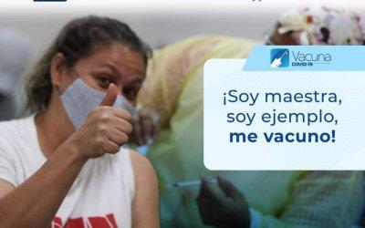 «No tenemos nada que agradecer», maestros muestran su rechazo a solicitud de vídeo de agradecimiento por ser vacunados