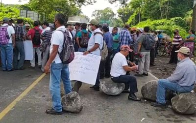 Militares veteranos bloquean varios puntos en Guatemala