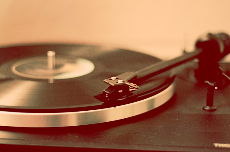 Record Player : How To Choose The Best Brand/Model