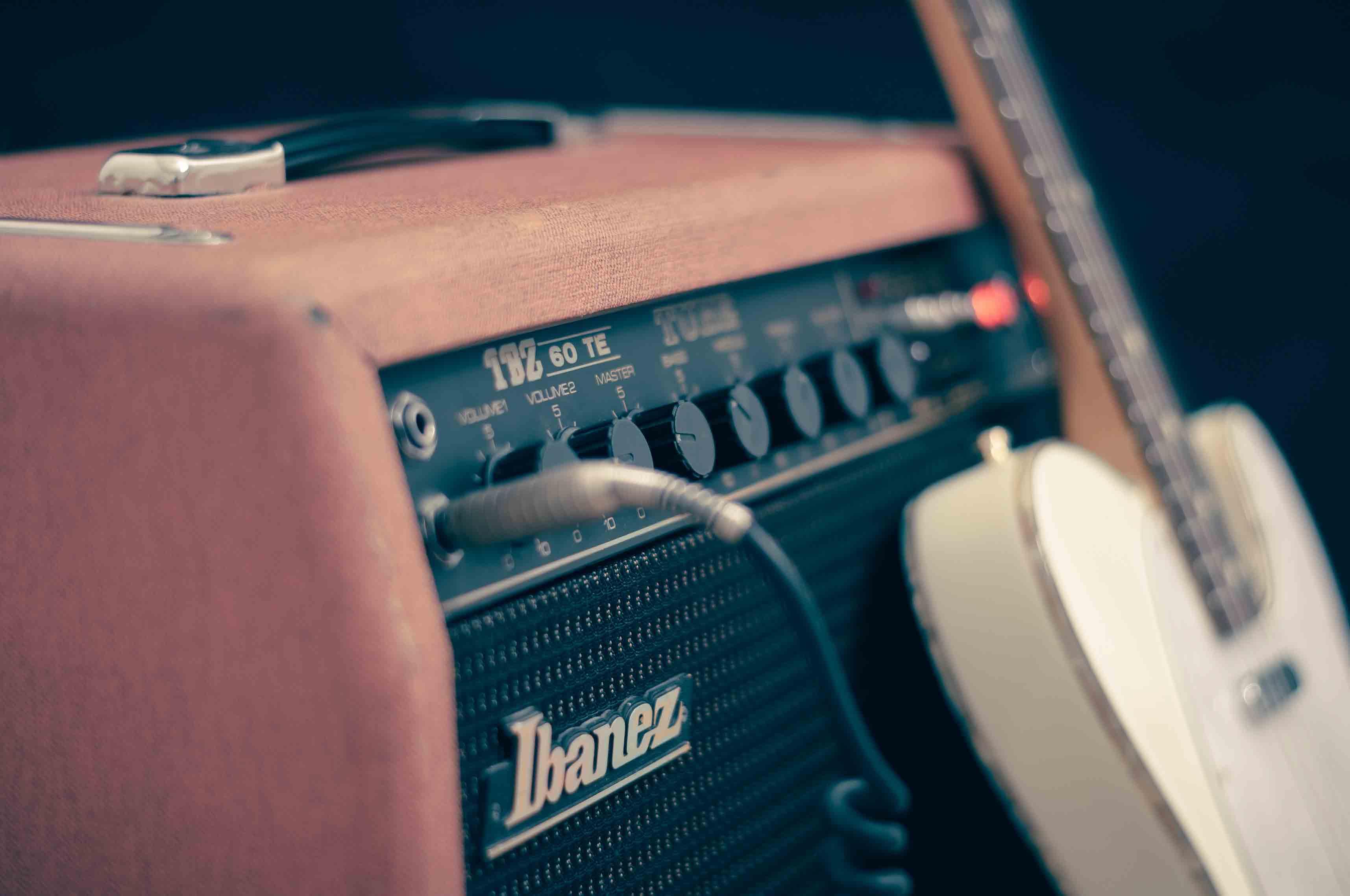 Best Ibanez Guitars – Buyer's Reviews