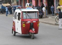Mototaxis informales en la mira de la policía Nacional del Perú