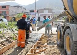 """Dirigente pide culminación de obras en AA.HH  """"Virgen de Lourdes"""""""