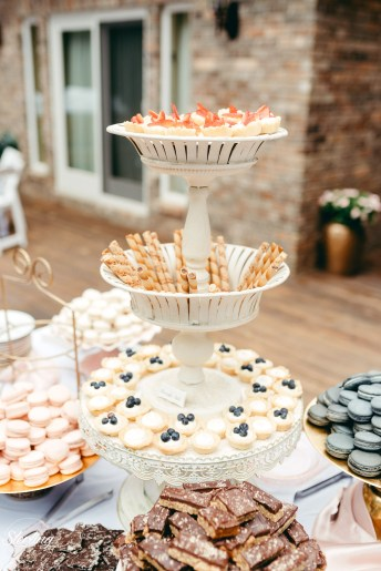 Emily_James_wedding17(int)-586