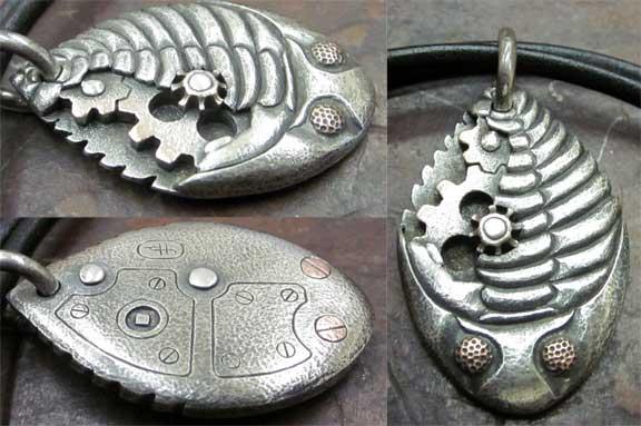 Clockwork_Trilobite_Pendant_92