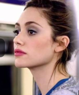 Emmy Rossum Sings About Cotton (Video)