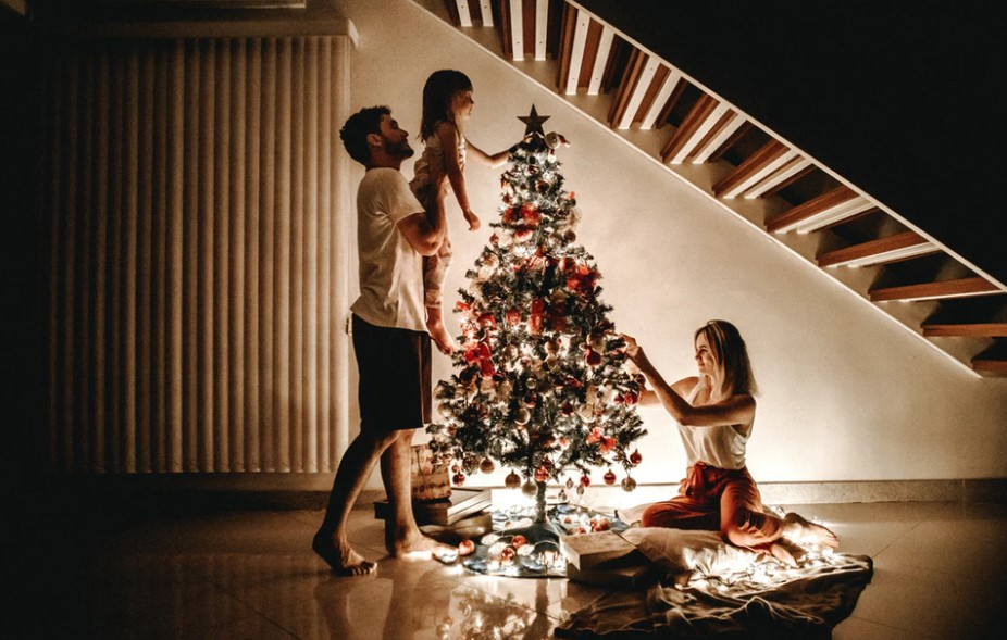 When To Take Down Your Christmas Tree