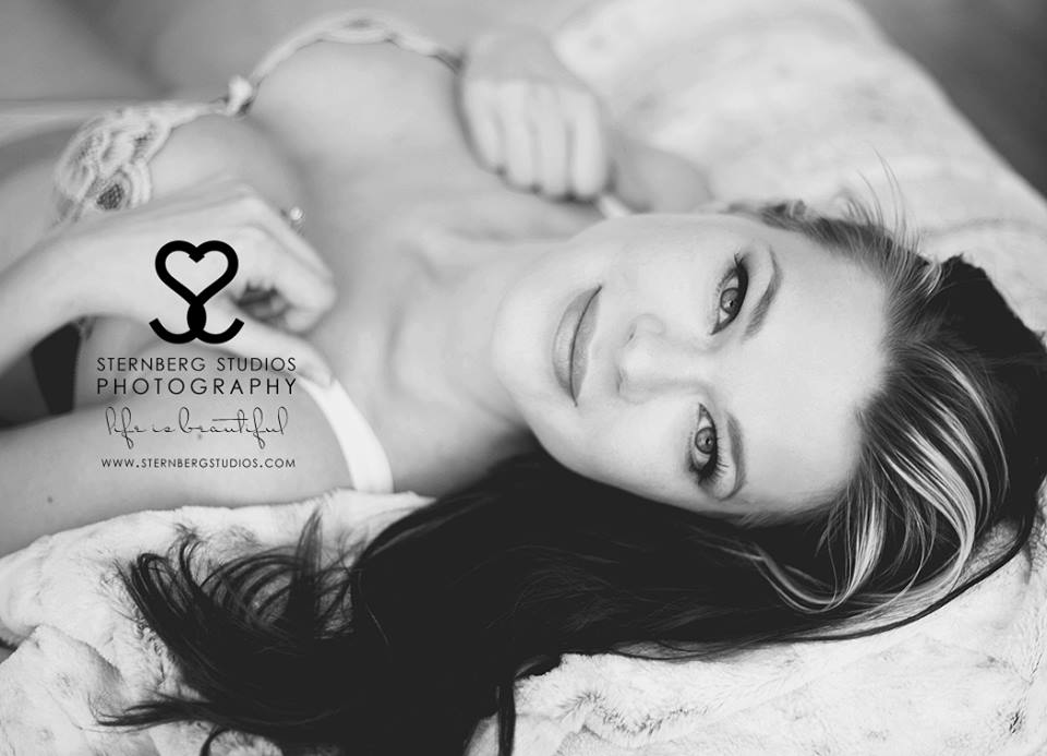 boudoir photographer, superior, duluth, duluth MN, boudoir get a way, photographer