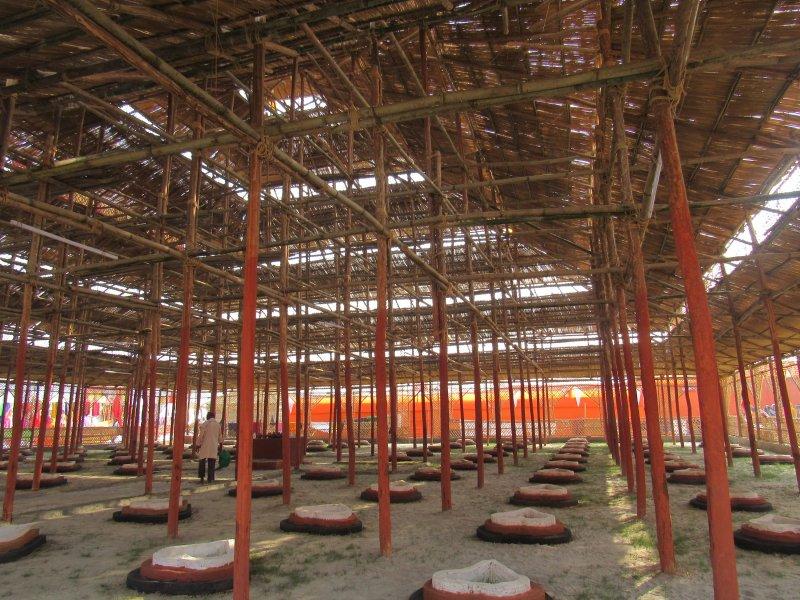 Kumbh Mela 8nside temple