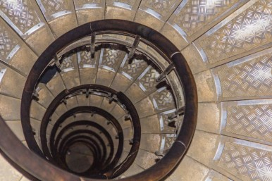 The only way to get to the top of the Arc de Triomphe is by climbing the 284 steps.