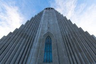 Hallgrímskirkja is a dominated place and this view shows how it just towers over everything.