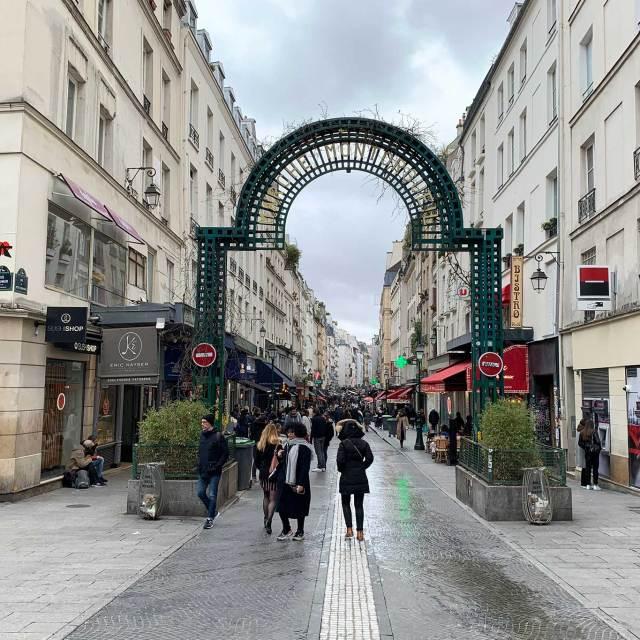 Steve and Carole In Vence - Rue Montorgueil - Paris