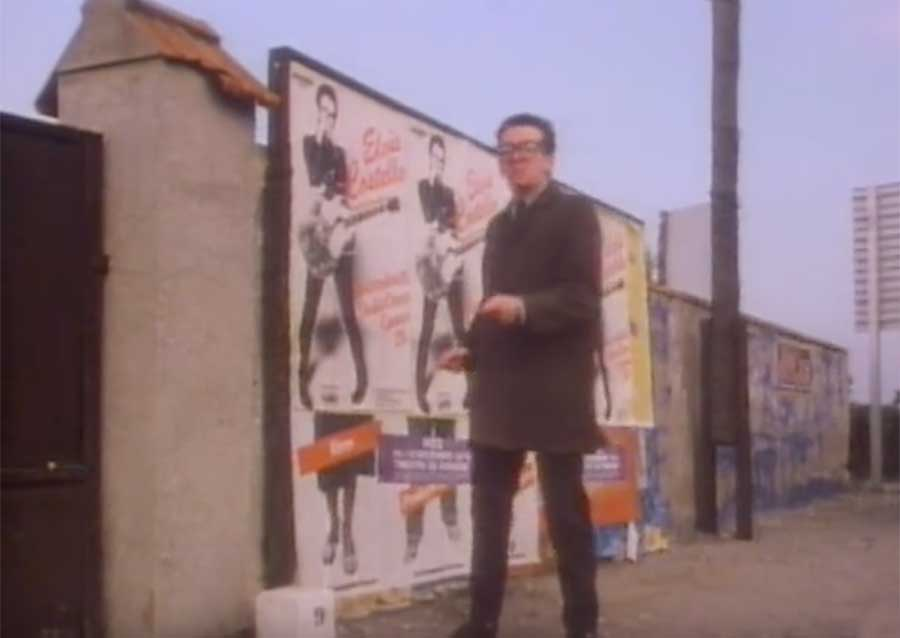 Steve and Carole in Vence - Elvis Costello & The Attractions - I Can't Stand Up For Falling Down - Unknown Street