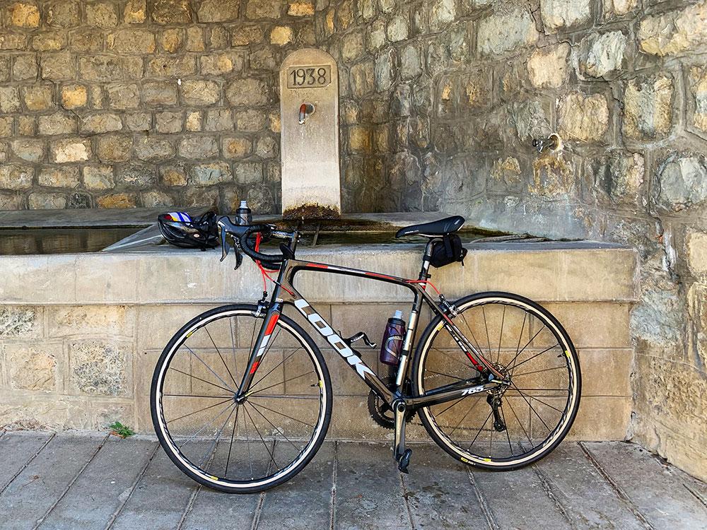 Steve and Carole in Vence - 73 Villages by Bike - Aspremont, Levens & La Roquette-sur-Var