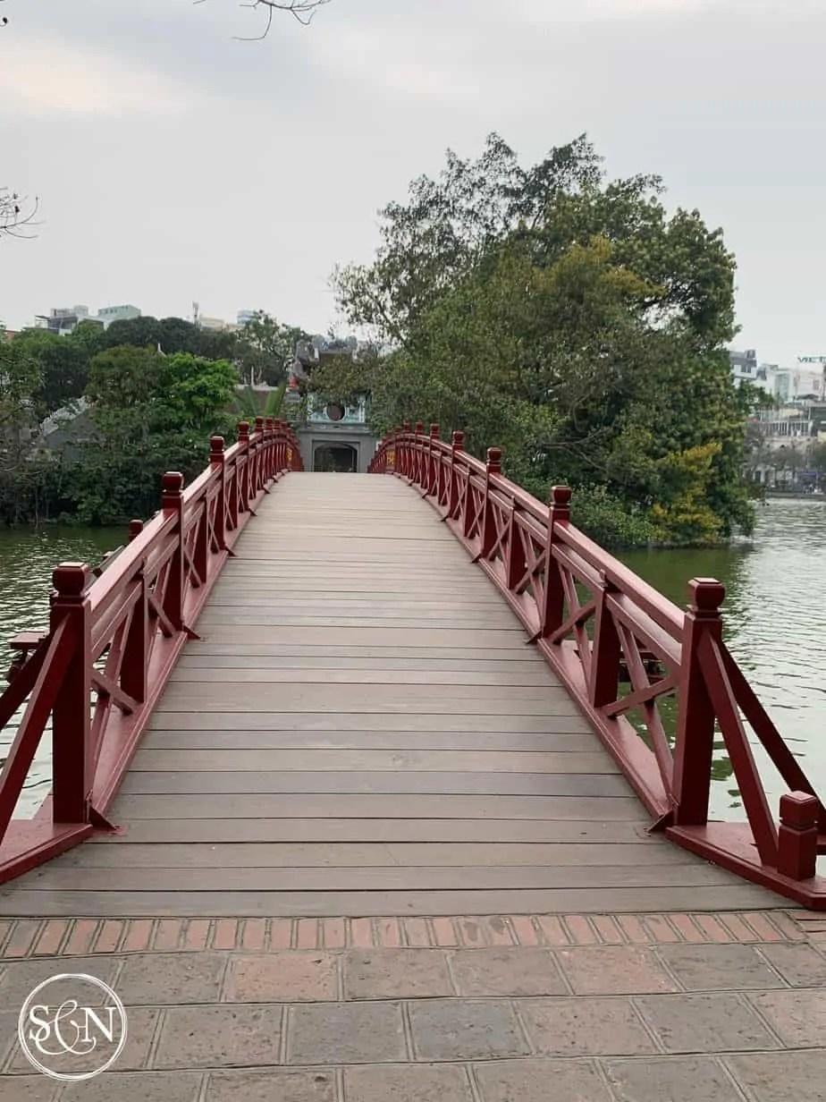 Huc Bridge to Jade Island