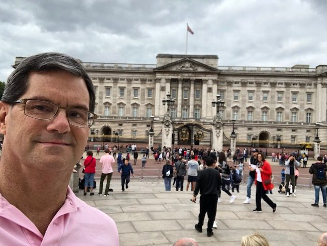 Me in front of Buckingham Palace