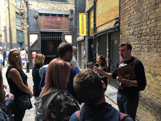 The Tour of Muggles
