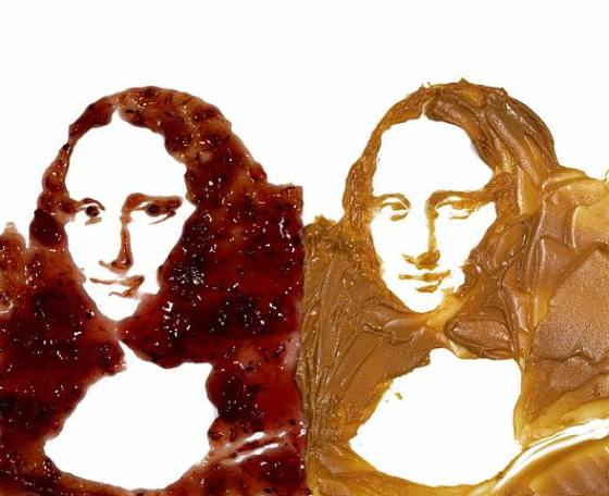 Vik Muniz's Mona Lisa, made from peanut butter and jelly!