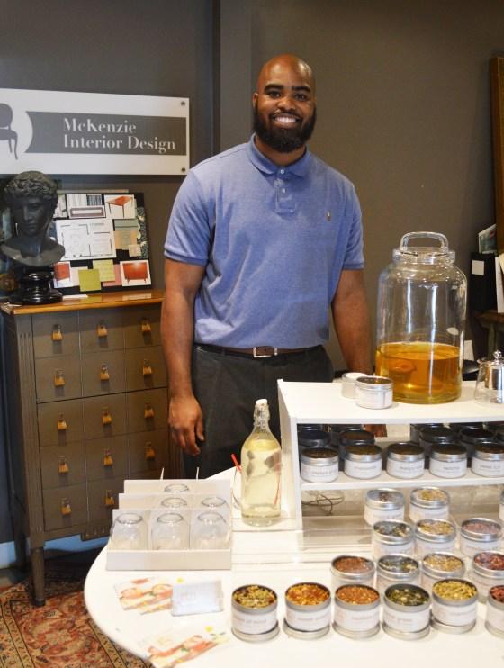 tea, honey, Atlanta, Sweet Auburn market