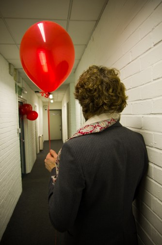 THE YELLOW BALLOON -8