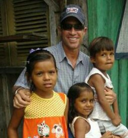 Amazon - Steve with children 2011