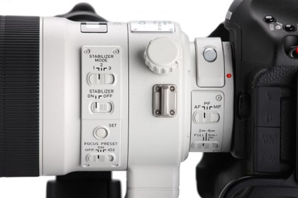 Canon-EF-300mm-f-2.8-L-IS-II-USM-Buttons