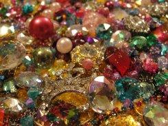 treasure_pile_5_by_aquastock