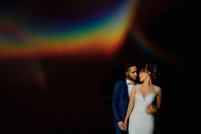 tips for better wedding photography , posture