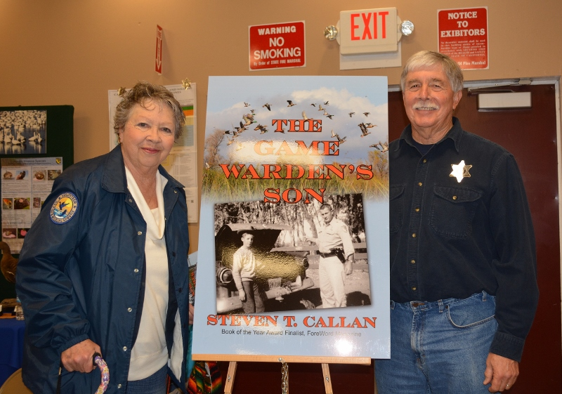 Author Steven T. Callan and friend at his first book signing on his 2016 book tour