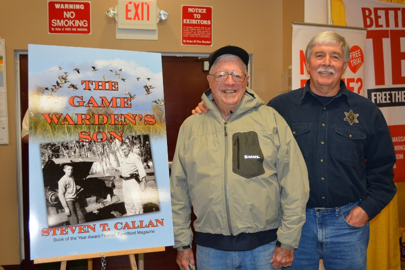 Author Steven T. Callan and friend at his first book signing on the 2016 book tour