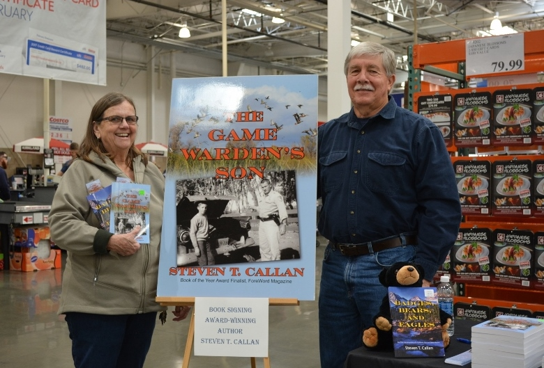 Author Steven T. Callan and friend at the book signing for THE GAME WARDEN'S SON at the Chico Costco