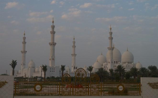 Abu Dhabi 908