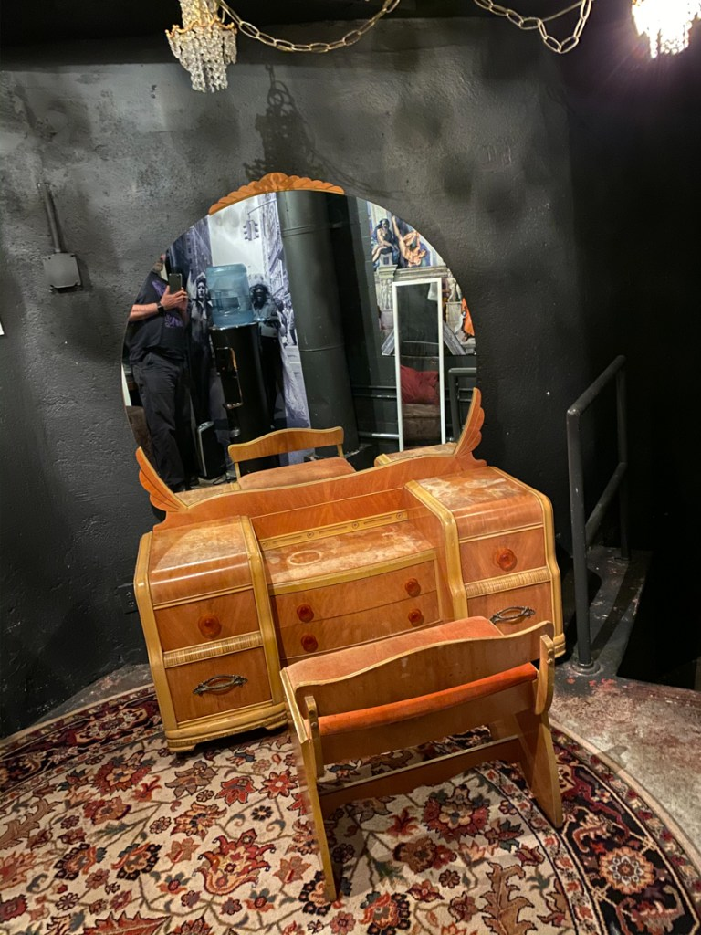 The vanity used for the Magic Mirror in its original state.