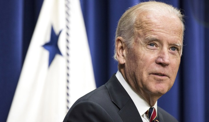 Joe Biden is a clone. Look at Biden's ears.