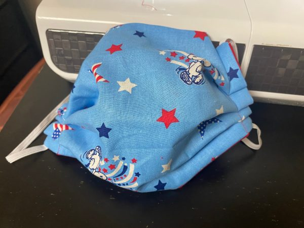 Snoopy Fireworks Face Mask - A Patriotic-themed face mask with Snoopy, stars and fireworks. #Snoopy #Fireworks