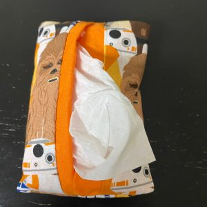 Star Wars Pocket Tissue Holder - A pocket tissue holder with some of the Star Wars Characters on it. #StarWars