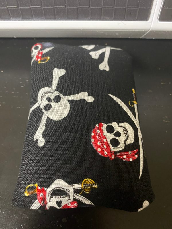 Pirate Pocket Tissue Holder - carry your pocket tissue in this Pirate Skulls and Cross Bones tissue holder. #Pirate #Pirates