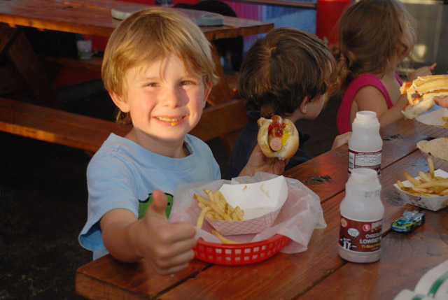 family friendly restaurants in denver