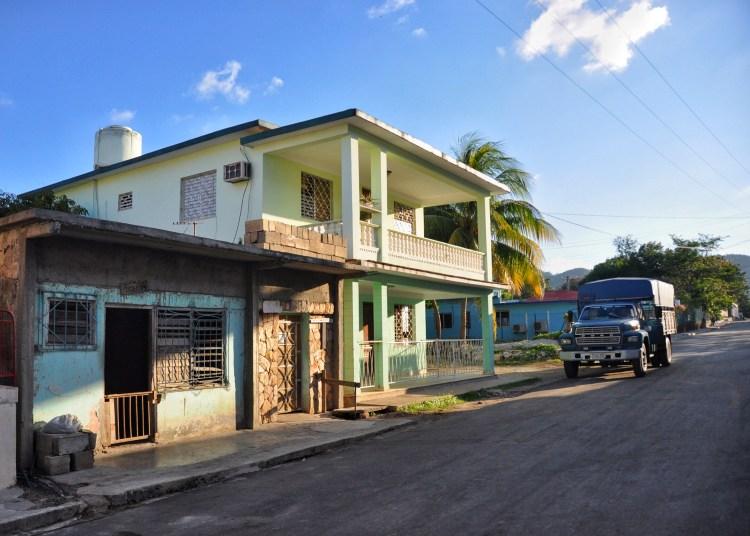 Photo of a street in Nueva Gerona, Cuba by Stevie Vagabond